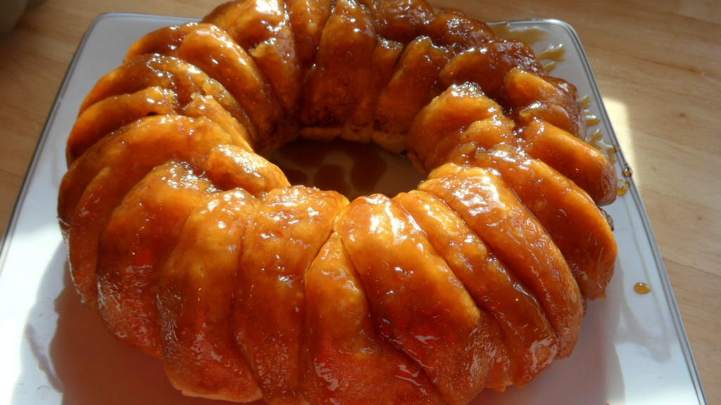 Well Dined | Sticky Bun Ring