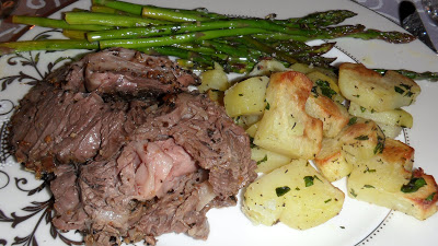 Well Dined | Garlic and Herb Crusted Rib Roast with Roasted Potatoes and Asparagus