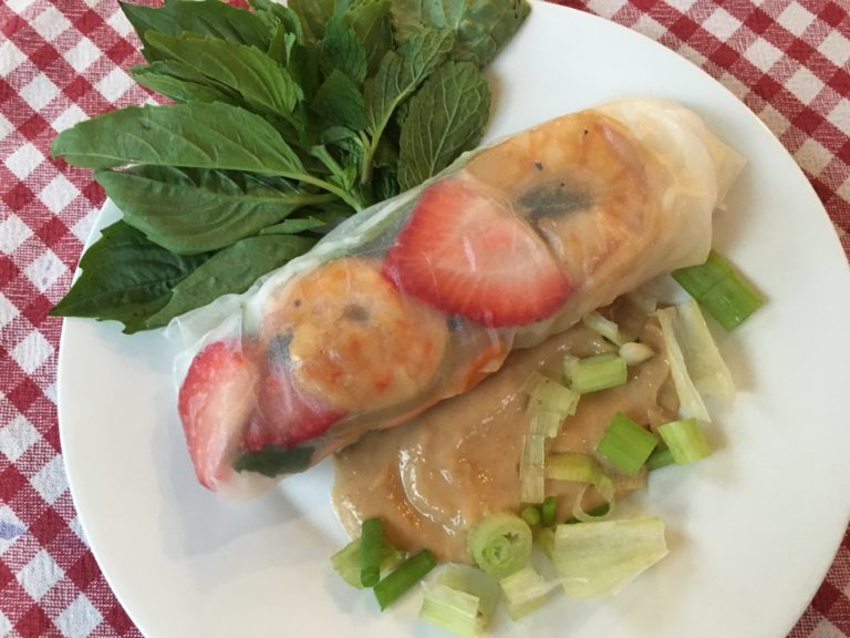 Well Dined   Shrimp and Strawberry Summer Rolls